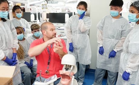 Summer Mentorship Program Introduces High School Students to Dental Medicine